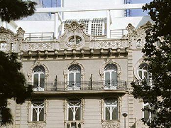 Rehabilitación de edificio modernista para sede social